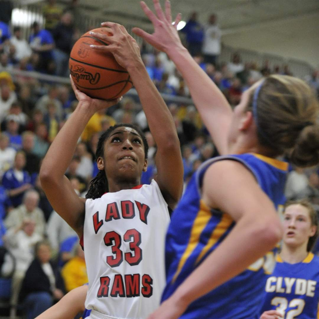 Rogers-vs-Clyde-GBB-11