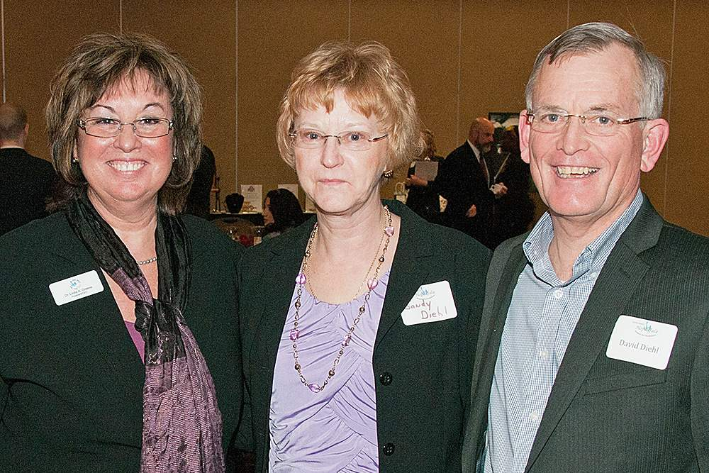 Linda-Greene-with-Sandy-Diehl-and-her-husband-David