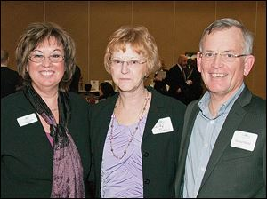 From left, ISOH/IMPACT president and CEO Linda Greene with speaker Sandy Diehl and her husband David.