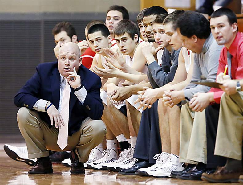 Bedford-coach-Nick-Lowe-1