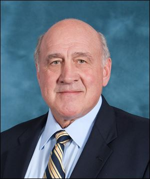 Greg Mattison, University of Michigan defensive coordinator, signed a three-year extension in 2013.