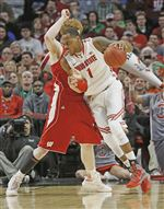 B10-Wisconsin-Ohio-St-Basketball-thomas-3-18