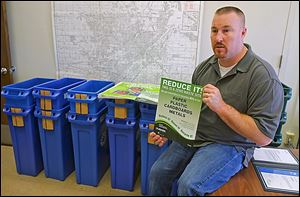 Leo Brenot, Northwest Ohio recycling coordinator for the U.S. Post Office in Toledo, was honored for increasing recycling.