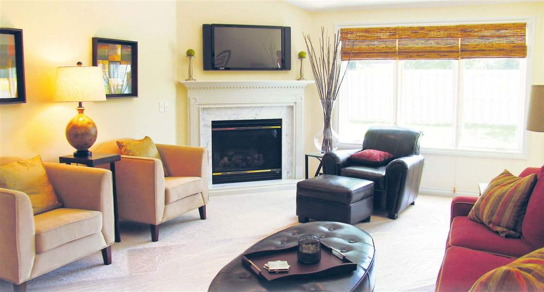Edgebrook-Living-Room