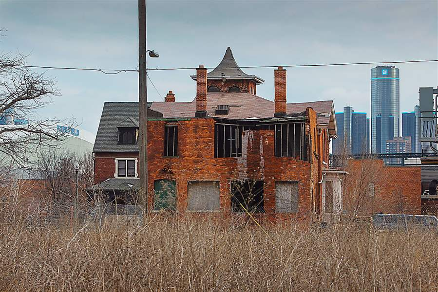 Detroit-Dilapidated-homes