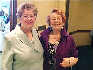 Noreen Drewicz, left, and Betty Britten attend the Toledo Symphony League's event.