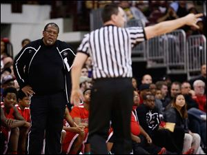 Rogers head coach Earl Morris react to a call during  the Division I State Championship game.