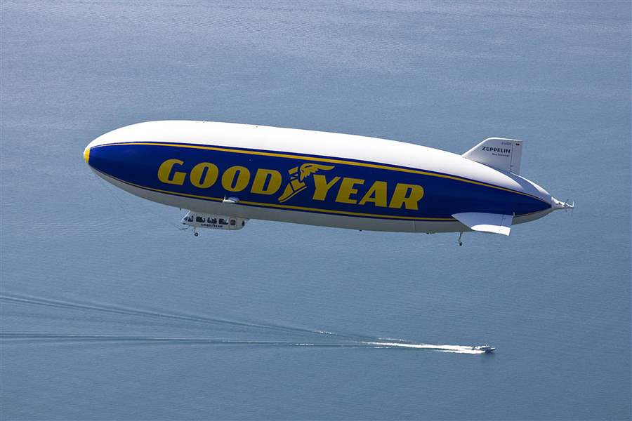 Goodyear-Blimp-new