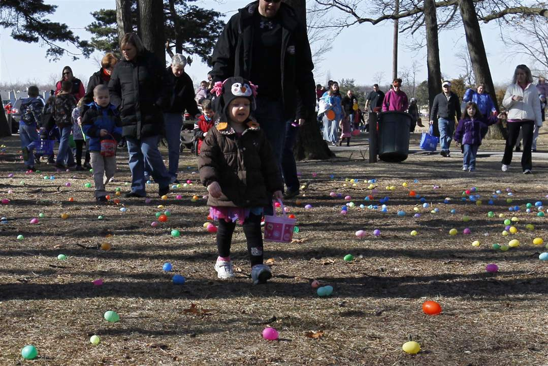 Easter-Egg-hunt-Myla-Wade