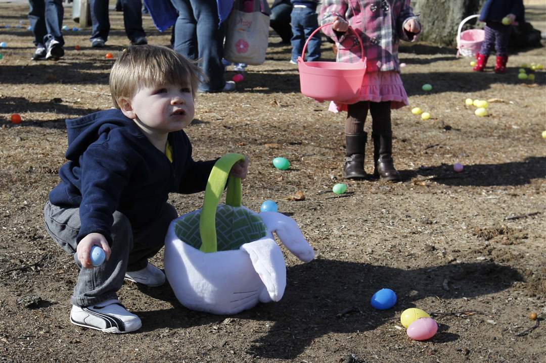 Easter-Egg-Hunt-Henry-Swiech