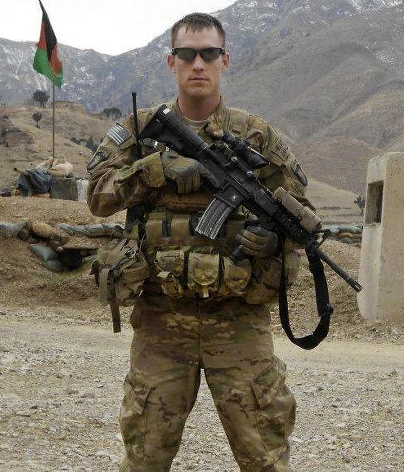 Afghan teenager kills U.S. soldier by stabbing him in the ...