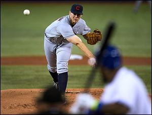 Cleveland pitcher Justin Masterson gave up one run in six innings, leading the Indians to victory in Toronto.