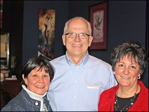 Co-chairmen of the Exchange Club of Perrysburg's wait night are, from left, Deb Buker, Bob Bidwell, and Annette Sipp.