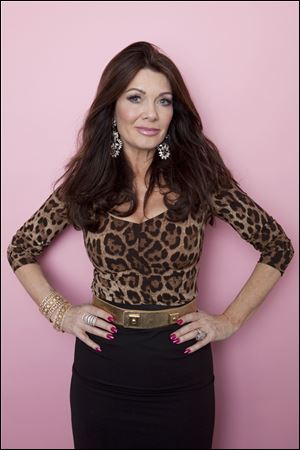 """Real Housewives of Beverly Hills"" personality Lisa Vanderpump struggled through rehearsals this week, fainting from exhaustion and suffering from the flu, but she managed to take part in Monday night's performances. She was eliminated tonight."