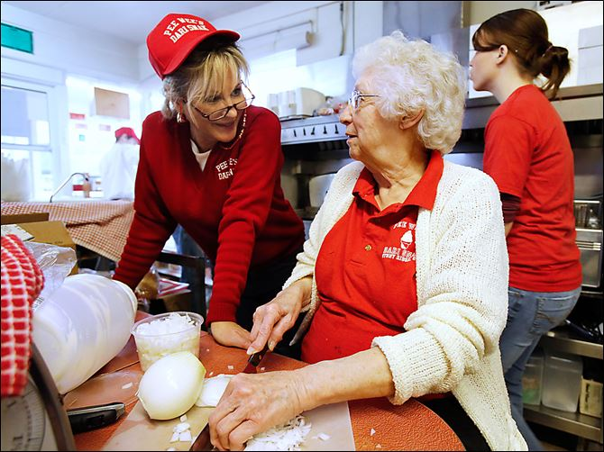 Dari Snak ice cream Cindy Leffler Cindy Leffler, left, talks with her  mother, Maxine Haas, as she chops onions at Pee Wee's Dari Snak in Stony Ridge. Ms Haas' father started the family business, which is marking its 50th anniversary.