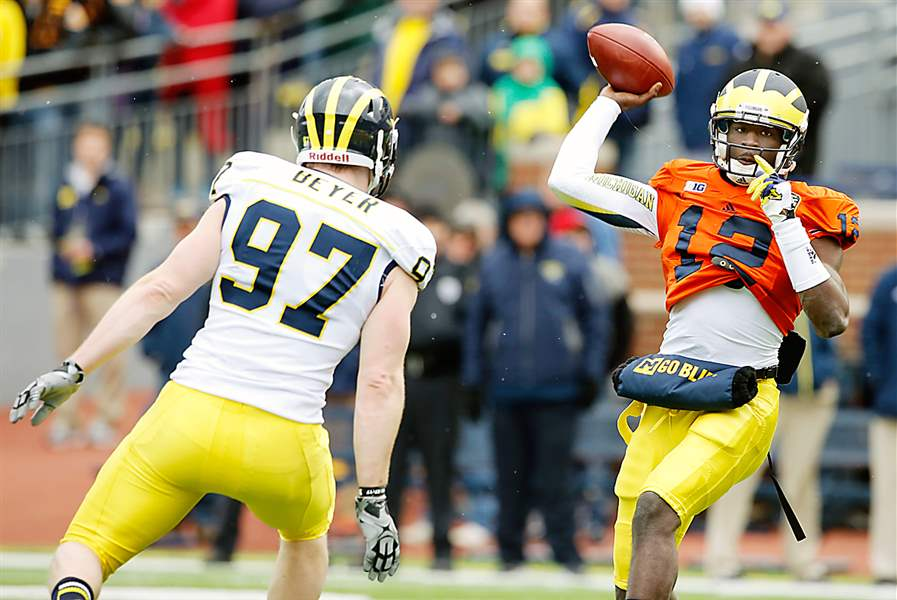 Michigan-quarterback-Devin-Gardner-2