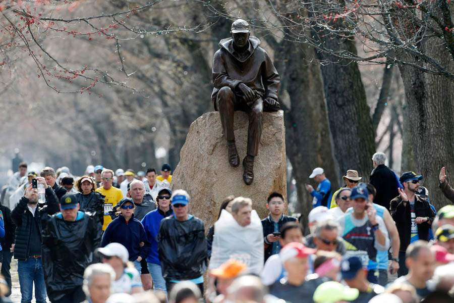 Boston-Marathon-Explosions-diversion