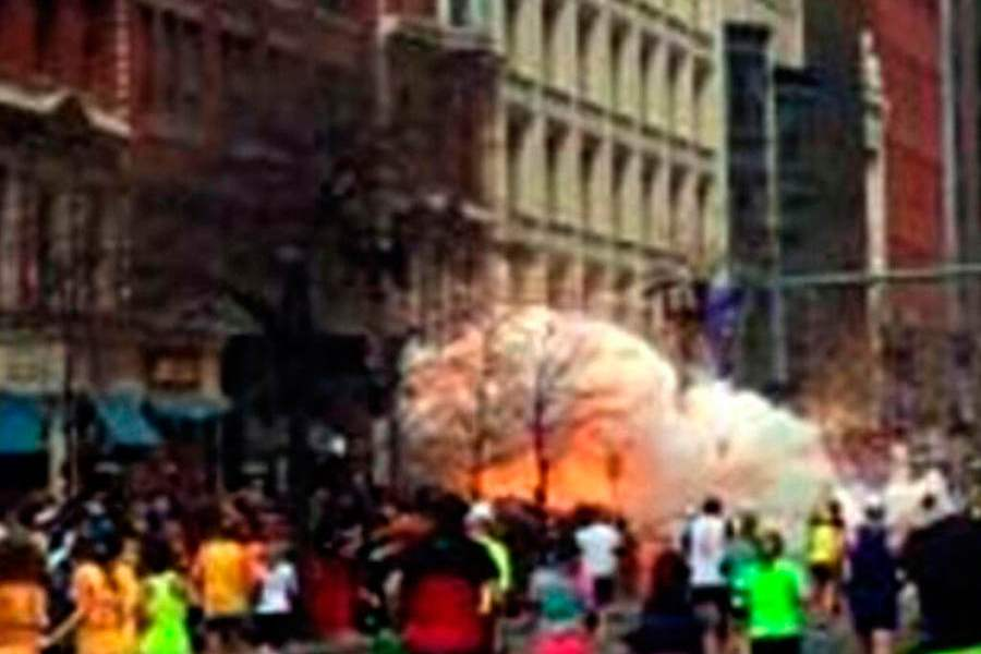Boston-Marathon-Explosions-fireball