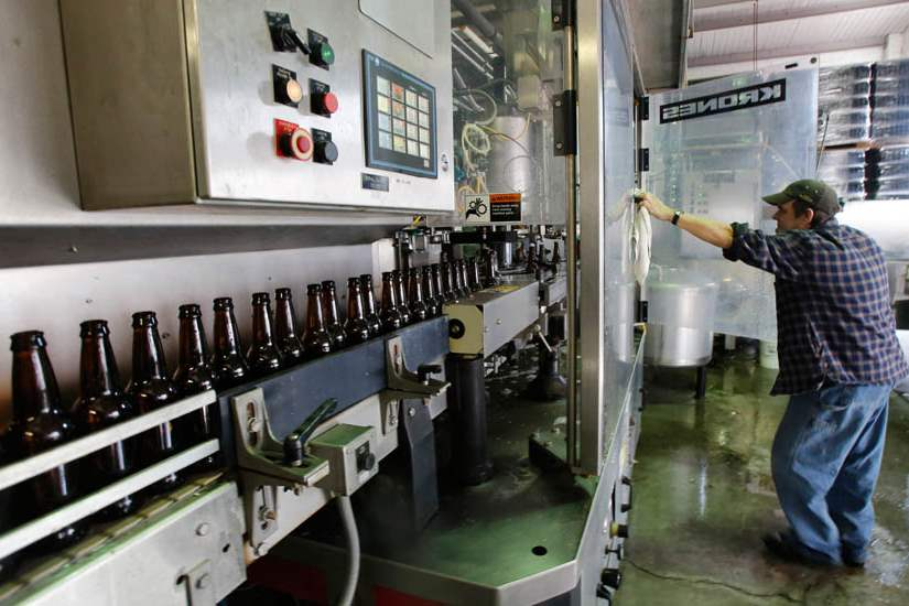 Maumee-Bay-Brew-bottling