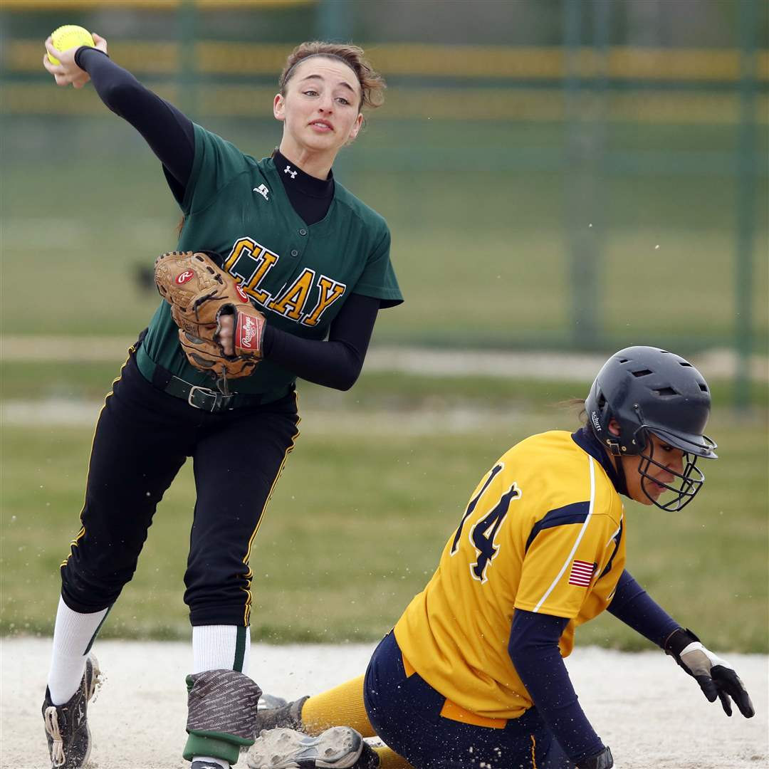 ND-Clay-softball-Schiavone