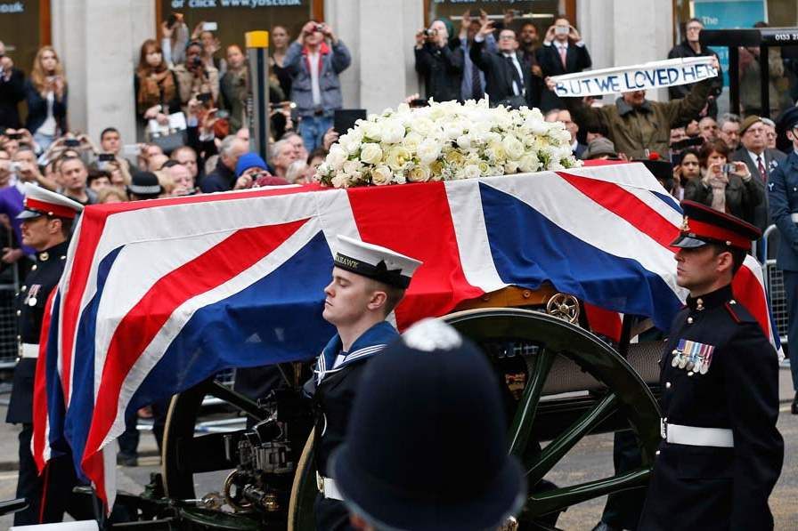Britain-Thatcher-Funeral-coffin-and-carriage