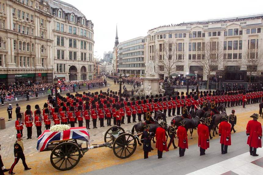 Britain-Thatcher-Funeral-coffin-on-carriage