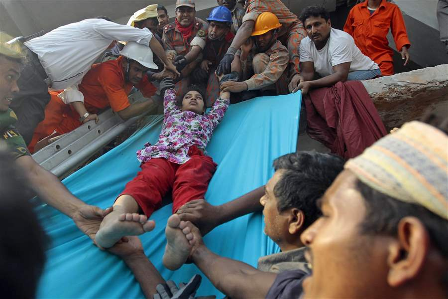 Bangladesh-Building-Collapse-14