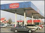 Three years after Giant Eagle shrank its gasoline perks,  its stores near Toledo are temporarily returning to a 20-cent discount.
