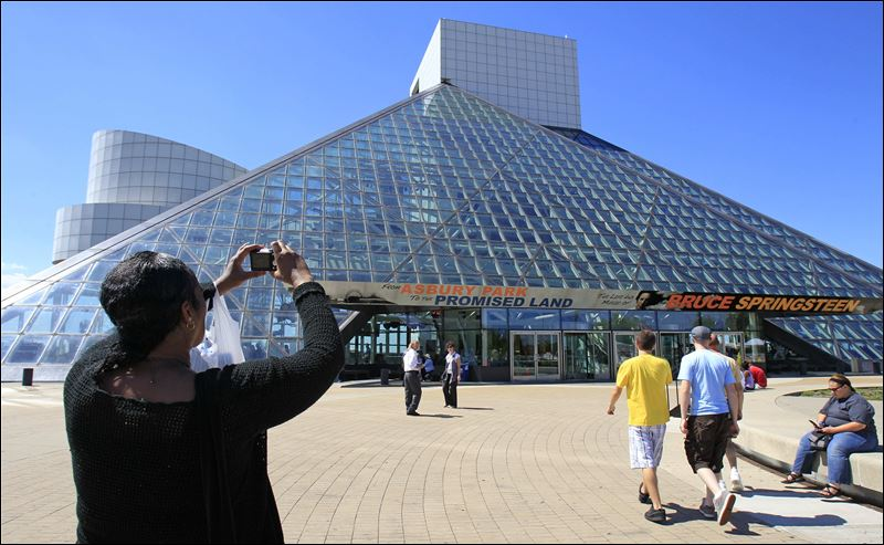 Rock and Roll Hall of Fame is a must-see, author declares - Toledo ...