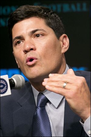 Former Arizona defensive end Tedy Bruschi was selected today for the College Football Hall of Fame. Bruschi had 52 sacks as part of Arizona's Desert Swarm defenses during the mid-1990s.