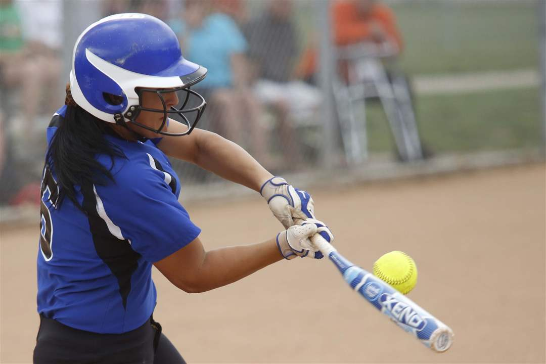 Southview-Springfield-softball-hit