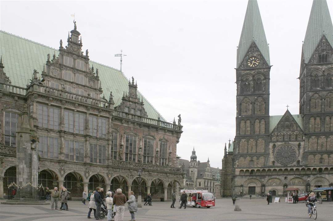 Germany-mag-page-St-Peter-Cathedral