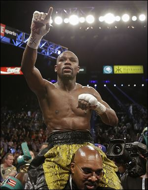 Floyd Mayweather Jr. — considered the best defensive boxer of his generation — topped Sports Illustrated's Fortunate 50 list,
