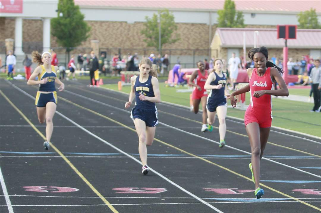 TRAC-track-400M-dash-girls
