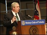 Jeremiah Boyle, the Community Affairs Managing Director of the Federal Reserve Bank of Chicago, spoke with a packed audience of several hundred Rotarians.