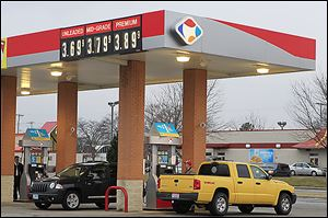 Kroger Co. is offering double fuel points for store purchases made on weekends through June to increase per gallon gas savings.
