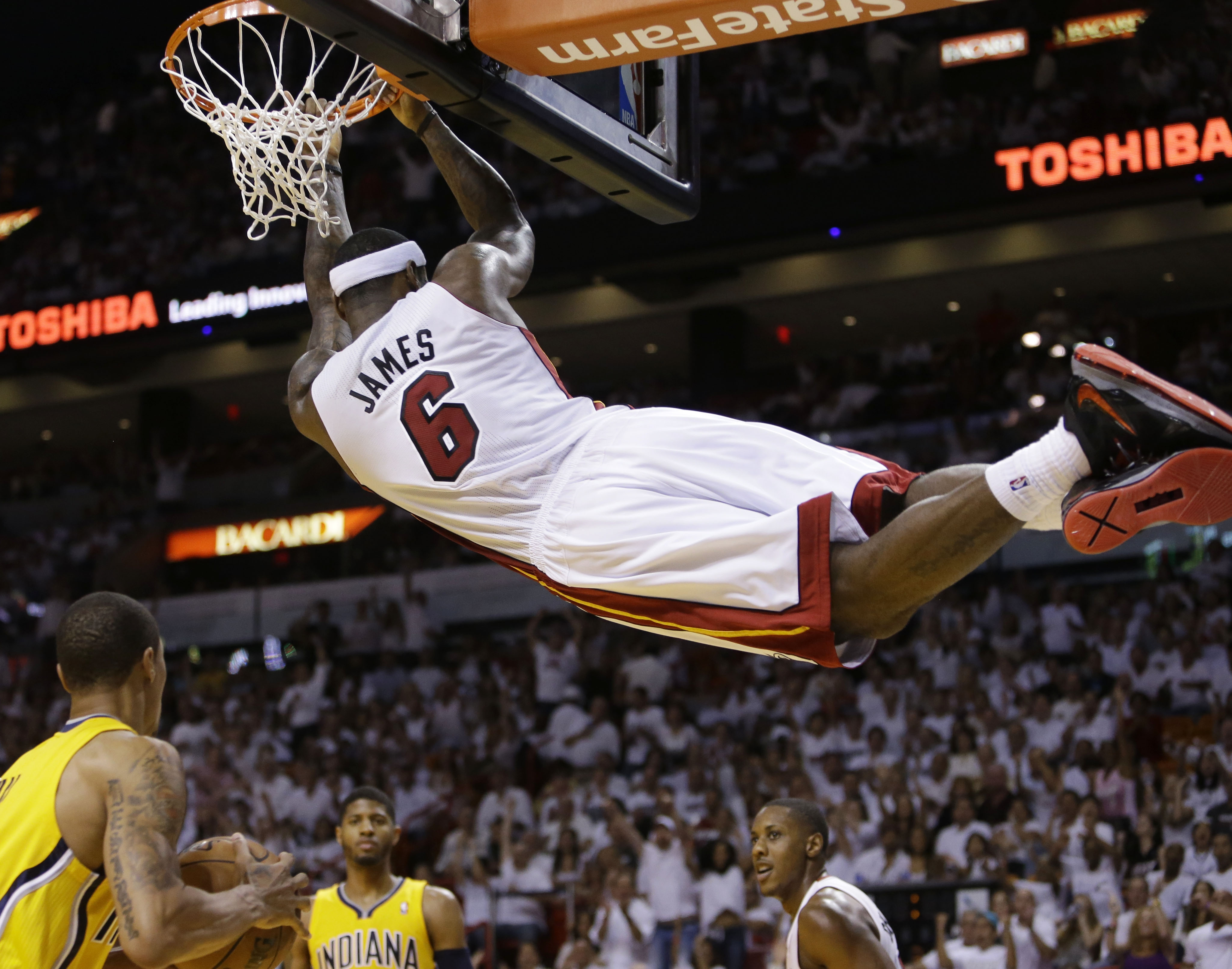 Pacers steal Game 2 from Heat, 97-93 - The Blade