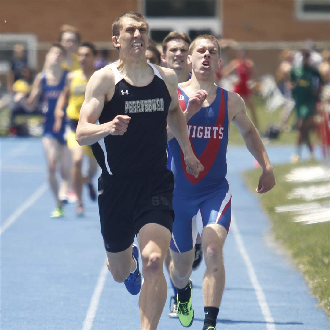 Bryant-Byrd-wins-the-800-meter-run