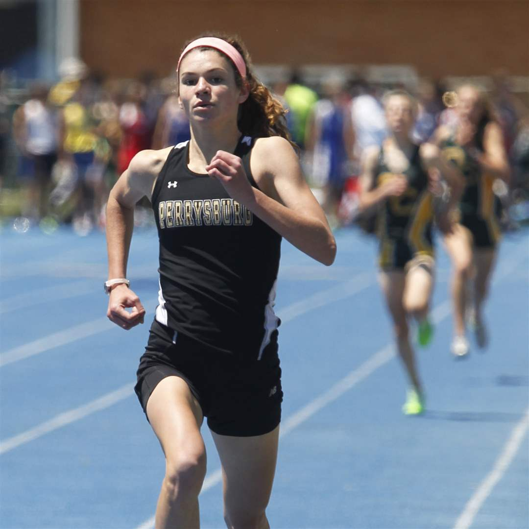 Perrysburg-s-Courtney-Clody-wins-the-1600-meter-run