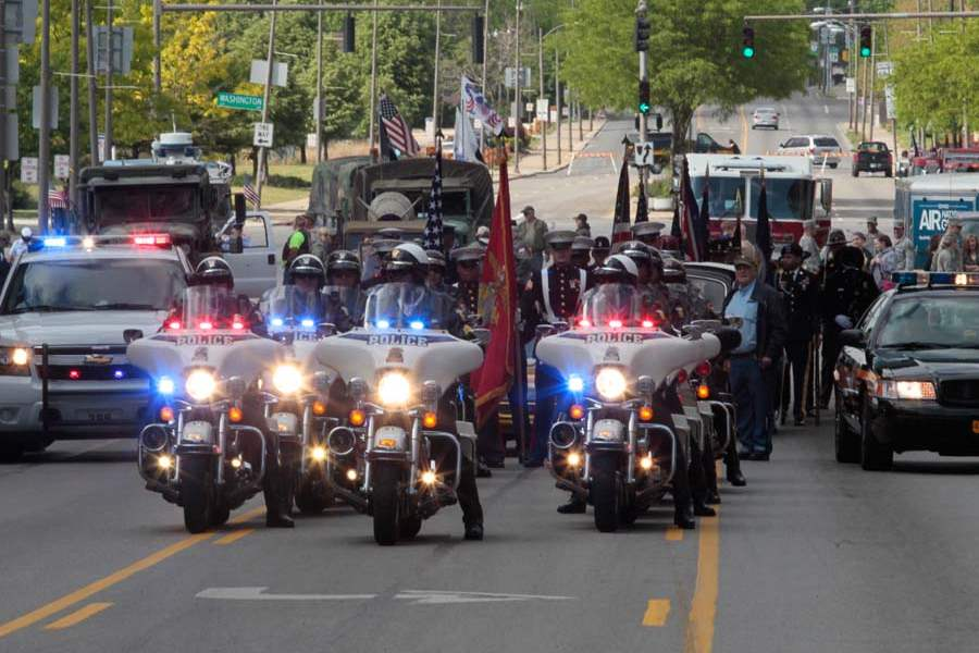 CTY-parade26p-motorcycle-unit