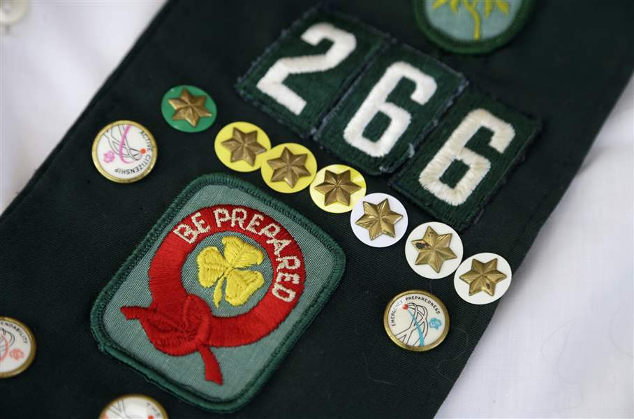 Girl-Scouts-Camp-Sales-2