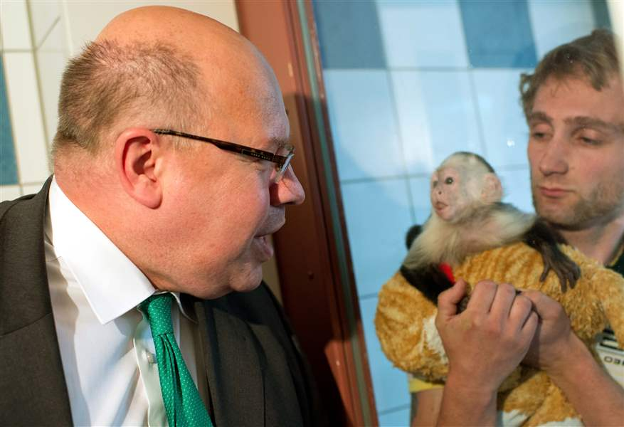 Germany-Bieber-Monkey-Peter-Altmaier