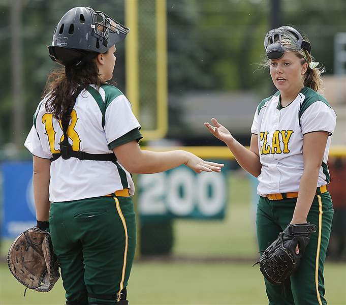 Softball-Oregon-Clay-battery