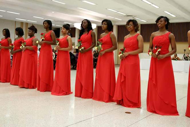 SOC-cotillion25pDebutantes-In-Waiting