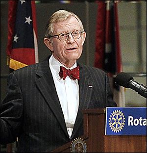 Dr. E. Gordon Gee explained his abrupt decision to resi