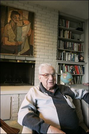 Seymour Rothman, in his Ottawa Hills home in 2006, was a prolific writer to the end, most recently working on short stories.