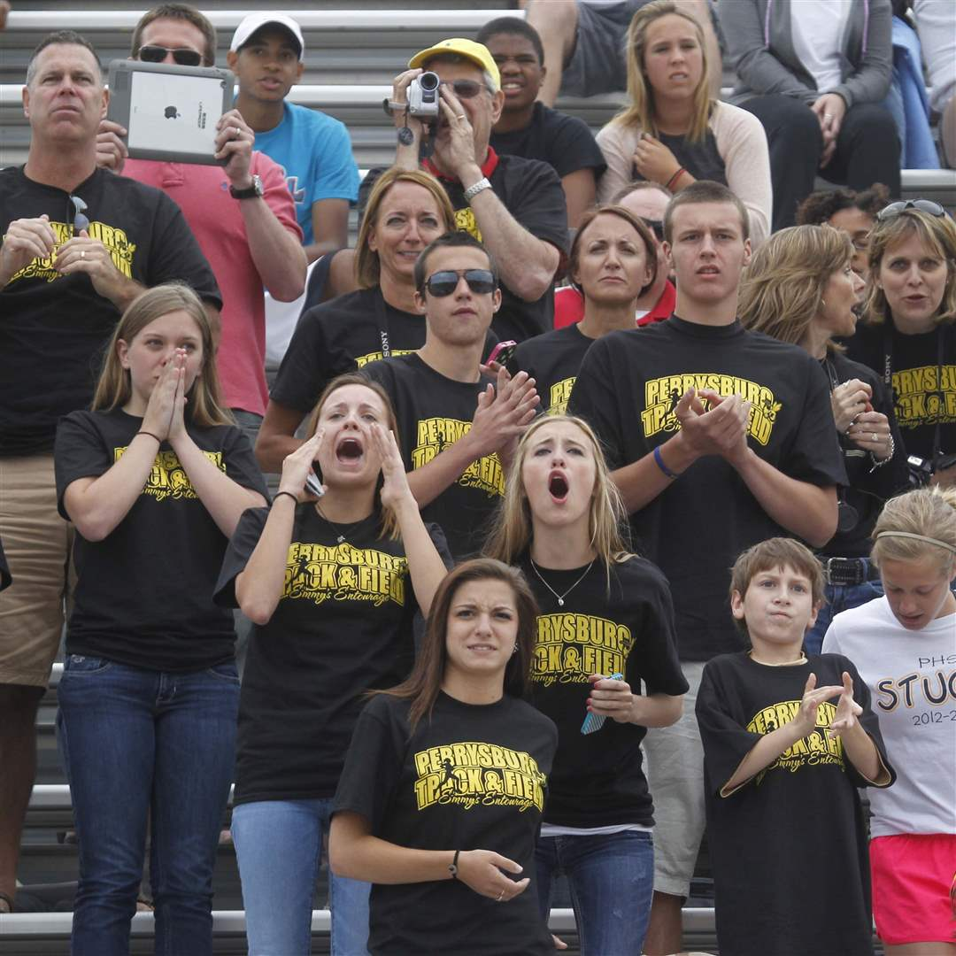State-track-Perrysburg-fans