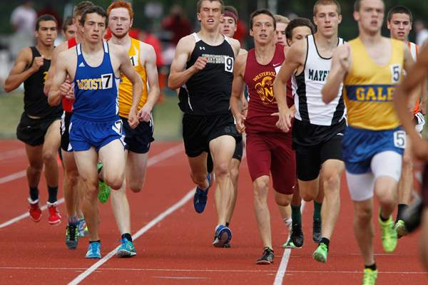 Perrysburg-s-Bryant-Byrd-competes-in-the-800-meter-run