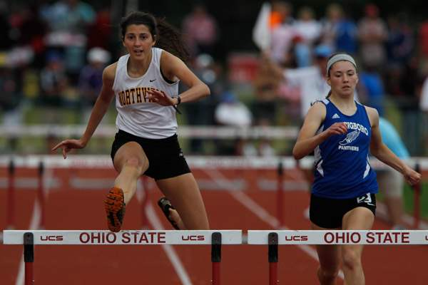 Northview-s-Janelle-Noe-competes-in-the-300-meter-hurdles