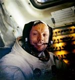 Neil-Armstrong-Service